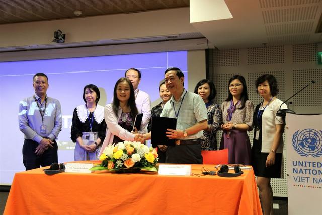 UNFPA tiếp tục cung ứng thiết bị y tế cho Việt Nam đảm bảo dịch vụ chăm sóc sức khỏe sinh sản không bị gián đoạn bởi thiên tai - Ảnh 2.