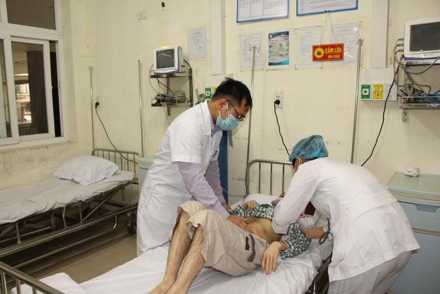 Người dân vui mừng khi nơi từng là bệnh viện dã chiến điều trị bệnh nhân mắc COVID-19 ở Hải Dương hoạt động trở lại - Ảnh 14.
