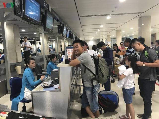 Vietnam Airlines đòi áp giá sàn, hết thời vé máy bay 0 đồng? - Ảnh 1.