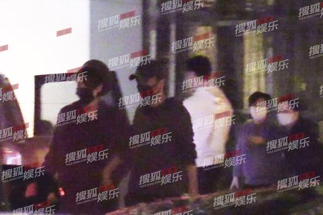 Hình ảnh mới nhất của Tạ Đình Phong và Vương Phi sau thời gian dài bị đồn chia tay - Ảnh 5.