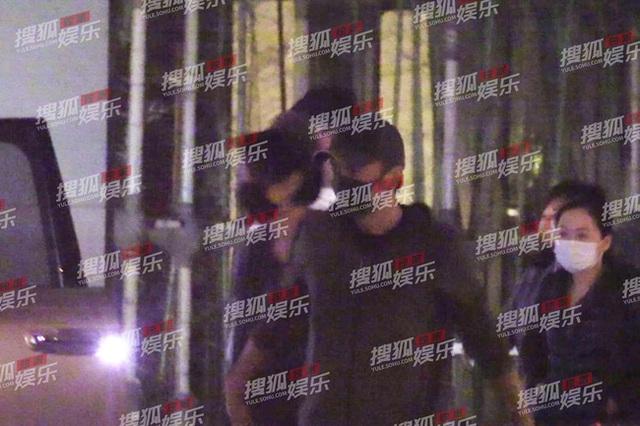 Hình ảnh mới nhất của Tạ Đình Phong và Vương Phi sau thời gian dài bị đồn chia tay - Ảnh 8.