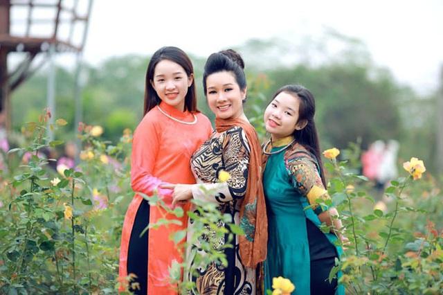 Nhan sắc con gái hoa khôi của Thanh Thanh Hiền - Ảnh 7.
