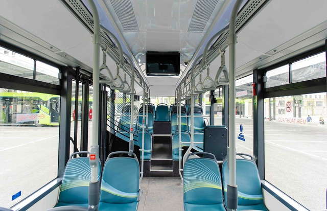 Vinbus chính thức vận hành xe buýt điện thông minh đầu tiên tại Việt Nam - Ảnh 2.