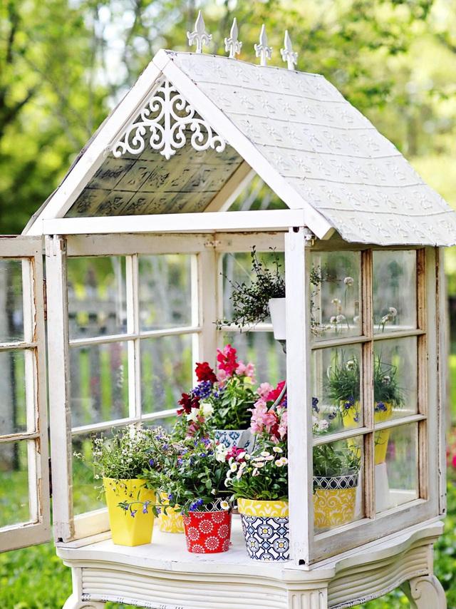 Sáng tạo với khung cửa sổ cũ để trang trí và lưu trữ chất lừ - Ảnh 10.