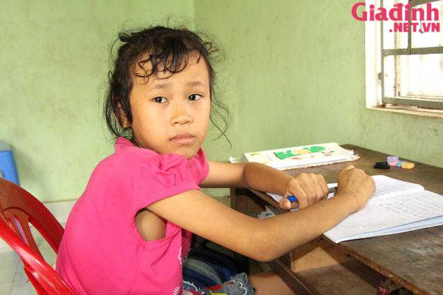 Nỗi đau và mong ước cháy bỏng người mẹ nghèo khuyết tật bị bệnh tật bủa vây nuôi con gái thiểu năng   - Ảnh 5.