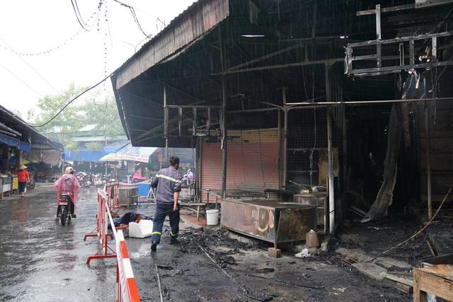 Vụ cháy chợ Núi Đèo (Thủy Nguyên, Hải Phòng): Phút chốc hàng trăm tiểu thương trắng tay - Ảnh 3.