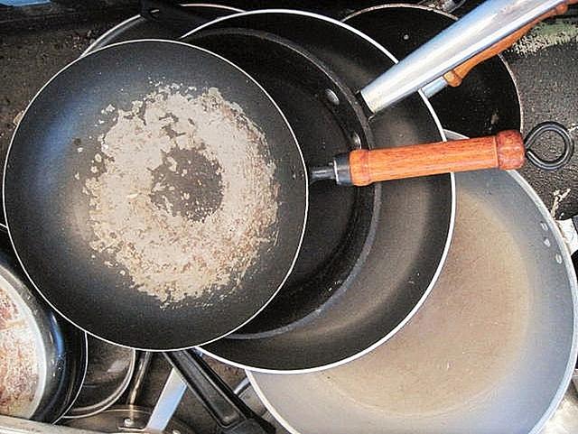 11 thứ trong nhà bếp cần thay mới thường xuyên theo chia sẻ của chuyên gia về sức khỏe - Ảnh 6.