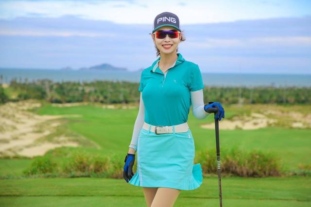 Hoa hậu Jennifer Phạm xinh đẹp và viên mãn tuổi 36 - Ảnh 18.