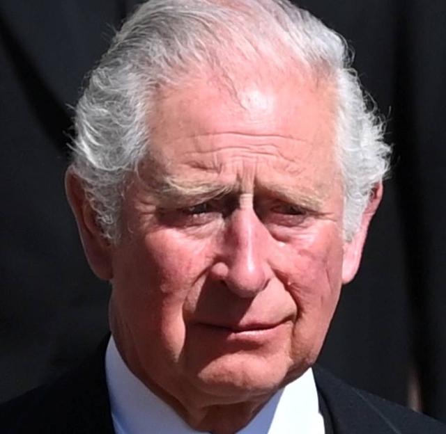 Thái tử Charles rơi nước mắt tiễn đưa cha - Ảnh 3.