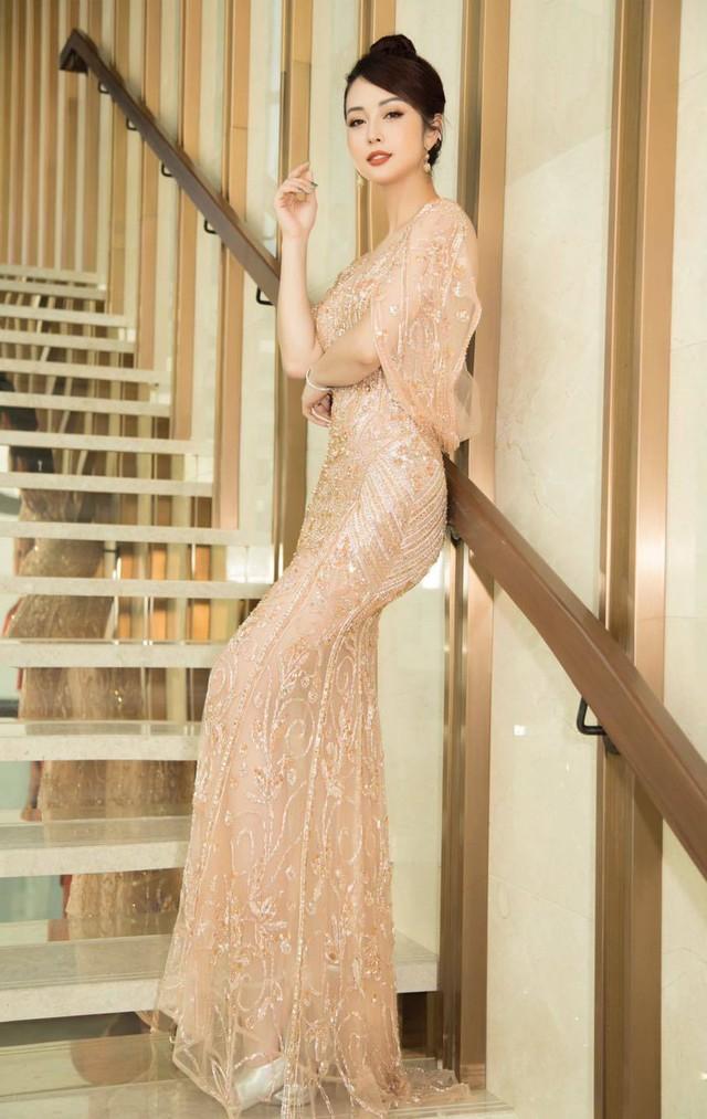 Hoa hậu Jennifer Phạm xinh đẹp và viên mãn tuổi 36 - Ảnh 23.