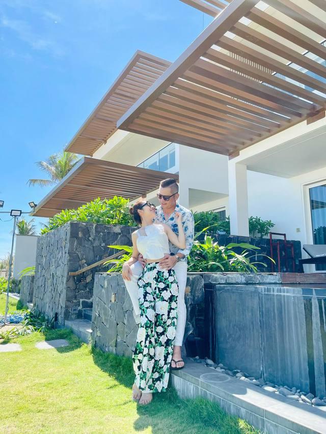 Hoa hậu Jennifer Phạm xinh đẹp và viên mãn tuổi 36 - Ảnh 27.