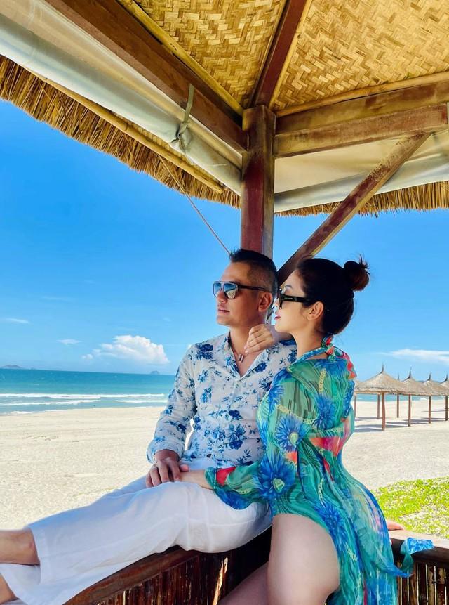 Hoa hậu Jennifer Phạm xinh đẹp và viên mãn tuổi 36 - Ảnh 29.