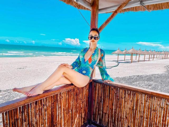 Hoa hậu Jennifer Phạm xinh đẹp và viên mãn tuổi 36 - Ảnh 4.