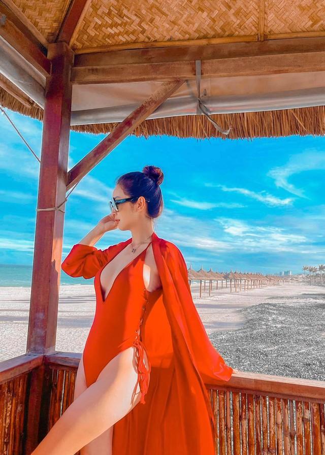Hoa hậu Jennifer Phạm xinh đẹp và viên mãn tuổi 36 - Ảnh 6.