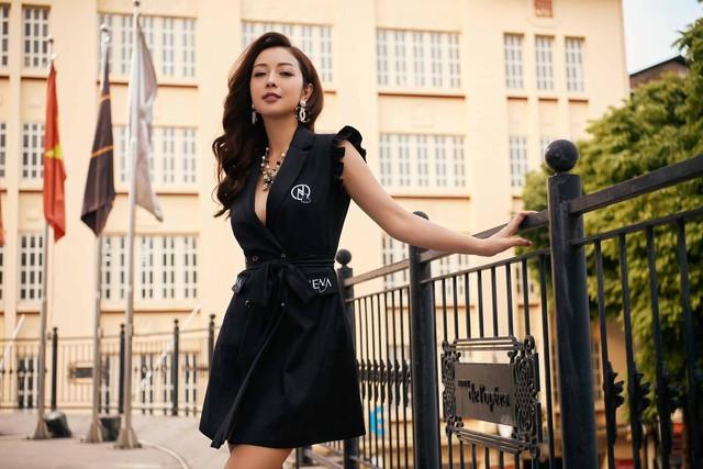 Hoa hậu Jennifer Phạm xinh đẹp và viên mãn tuổi 36 - Ảnh 8.