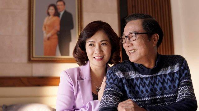 NSND Trọng Trinh bị vợ cấm đóng phim sau cảnh táo bạo hôn bạn diễn nữ - Ảnh 3.
