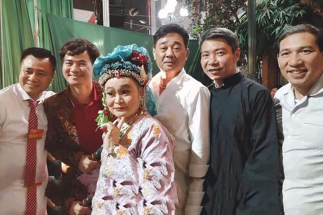 Quốc Khánh, Công Lý và dàn nghệ sĩ mừng NSND Tự Long lên lão - Ảnh 7.