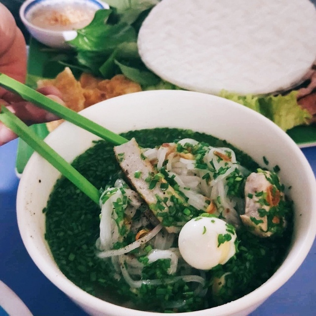Đặc sản bánh canh nức tiếng Phú Yên rẻ mà ngon líu lưỡi - Ảnh 4.