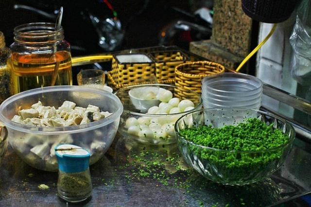 Đặc sản bánh canh nức tiếng Phú Yên rẻ mà ngon líu lưỡi - Ảnh 2.