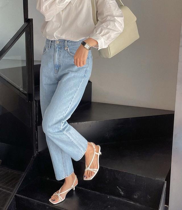 Điểm trừ của 4 kiểu quần jeans: Kiểu cuối nhìn mướt chân thật nhưng đừng nên chọn - Ảnh 4.