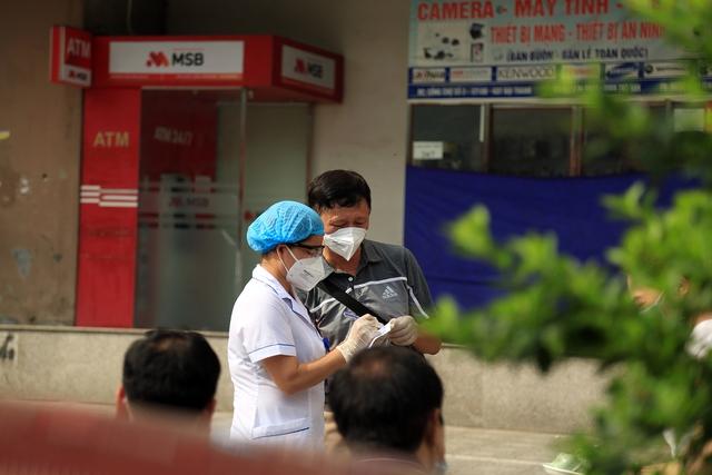 Hà Nội phong tỏa chung cư Đại Thanh, thần tốc truy vết các F liên quan đến ca cộng đồng có nguồn lây từ Bệnh viện K - Ảnh 3.
