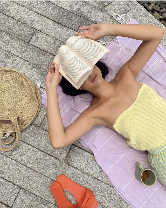Vẻ đẹp da nâu ngực mỏng của nữ chính trong MV Trốn tìm của Đen Vâu - Ảnh 11.