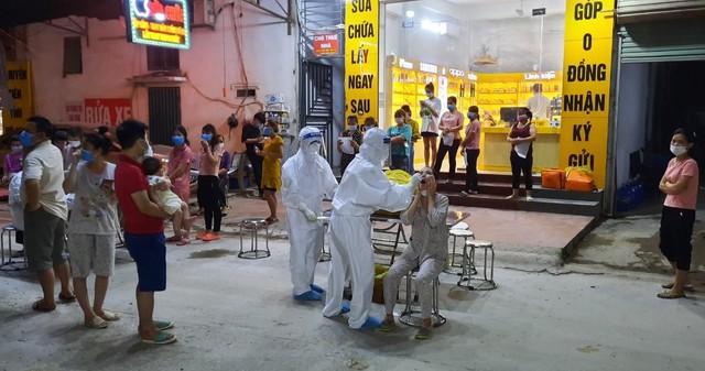 Toàn tỉnh có 145 ca dương tính SARS-CoV-2, Bắc Giang nỗ lực khống chế ổ dịch thứ 3 - Ảnh 3.