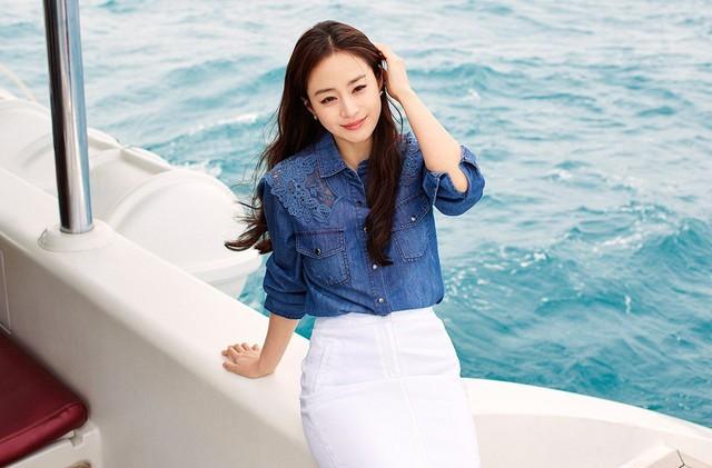 Kim Tae Hee 41 tuổi vẫn đẹp rạng ngời - Ảnh 17.