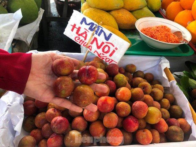 Trái cây đầu mùa giá rẻ chưa từng thấy - Ảnh 6.