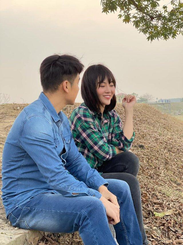 Thanh Hương lột xác thành gái quê trong phim thế sóng Hướng dương ngược nắng - Ảnh 1.