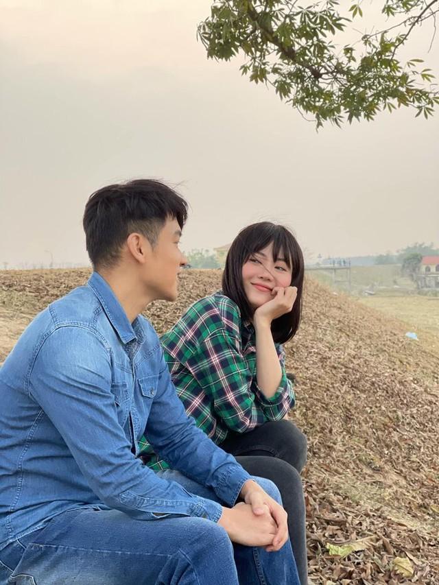 Thanh Hương lột xác thành gái quê trong phim thế sóng Hướng dương ngược nắng - Ảnh 2.
