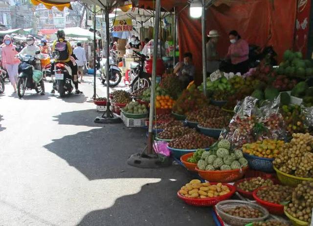 تناقض انبه مکنده چینی ، که در میان برداشت کامل انبه ویتنامی فروش خوبی دارد - عکس 2.