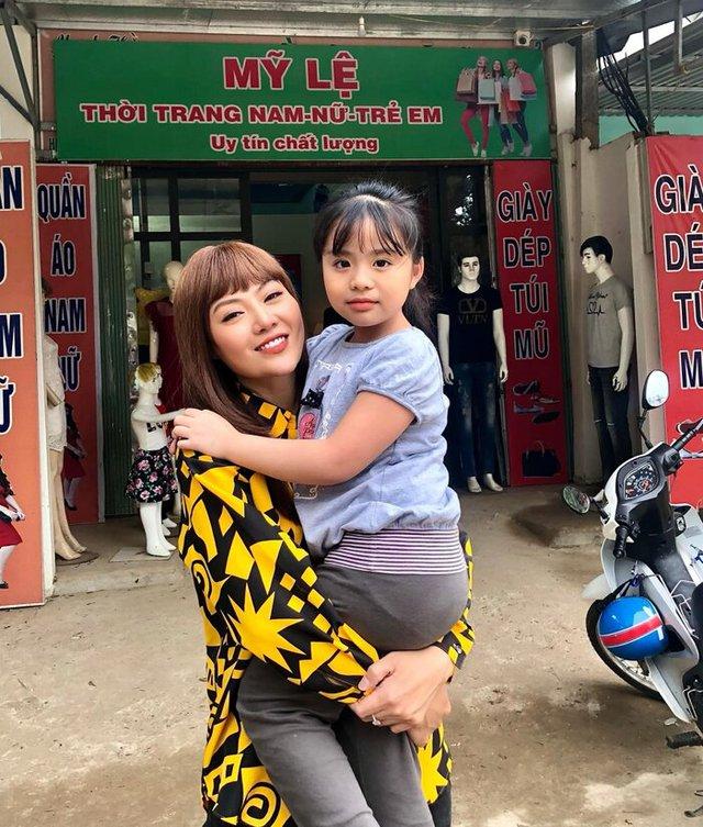 Thanh Hương lột xác thành gái quê trong phim thế sóng Hướng dương ngược nắng - Ảnh 5.