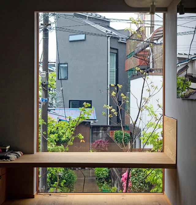Căn nhà phố với mặt tiền tối giản nhưng đem lại sự hài hòa đến bất ngờ ở Nhật Bản - Ảnh 5.