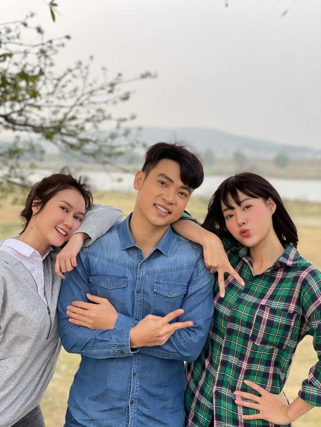 Thanh Hương lột xác thành gái quê trong phim thế sóng Hướng dương ngược nắng - Ảnh 8.
