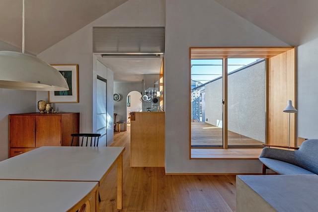 Căn nhà phố với mặt tiền tối giản nhưng đem lại sự hài hòa đến bất ngờ ở Nhật Bản - Ảnh 8.