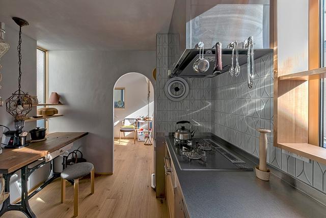 Căn nhà phố với mặt tiền tối giản nhưng đem lại sự hài hòa đến bất ngờ ở Nhật Bản - Ảnh 9.