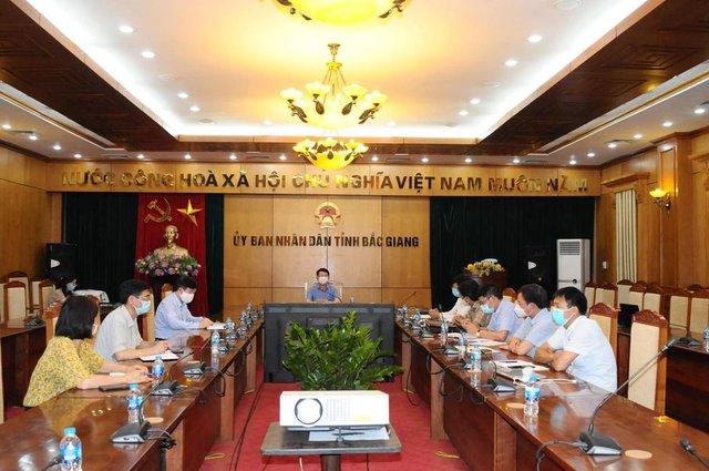 Bộ Y tế lên phương án thu dung, điều trị bệnh nhân COVID-19 tại Bắc Giang - Ảnh 3.