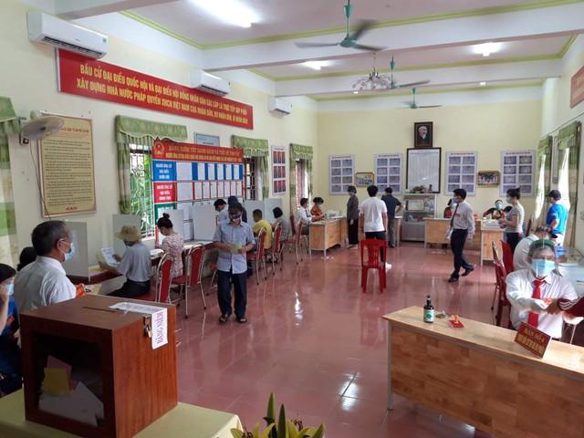Những hình ảnh đặc biệt tại tâm dịch Bắc Giang - Ảnh 1.