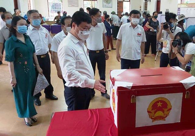 Ngày hội bầu cử trên quê hương Bác - Ảnh 1.