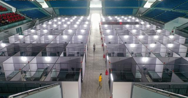 Cận cảnh bệnh viện dã chiến tại điểm nóng Bắc Giang đã hoàn thiện 99%, chuẩn bị hoạt động - Ảnh 4.