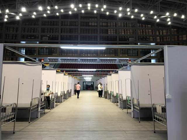 Cận cảnh bệnh viện dã chiến tại điểm nóng Bắc Giang đã hoàn thiện 99%, chuẩn bị hoạt động - Ảnh 7.