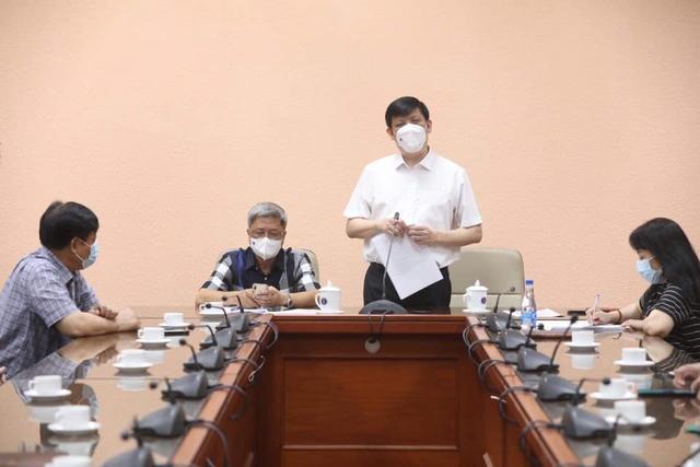 35 chuyên gia y tế Việt Nam sang hỗ trợ nước bạn Lào phòng chống dịch COVID-19 - Ảnh 2.