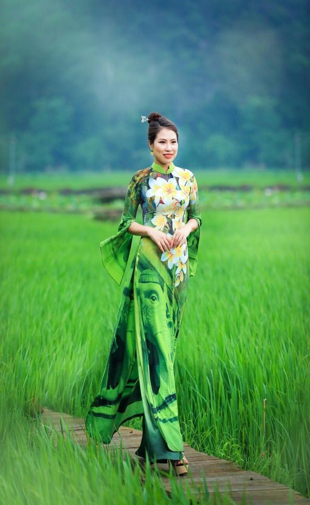 BST áo dài độc đáo về Quốc hoa ASEAN - Ảnh 10.