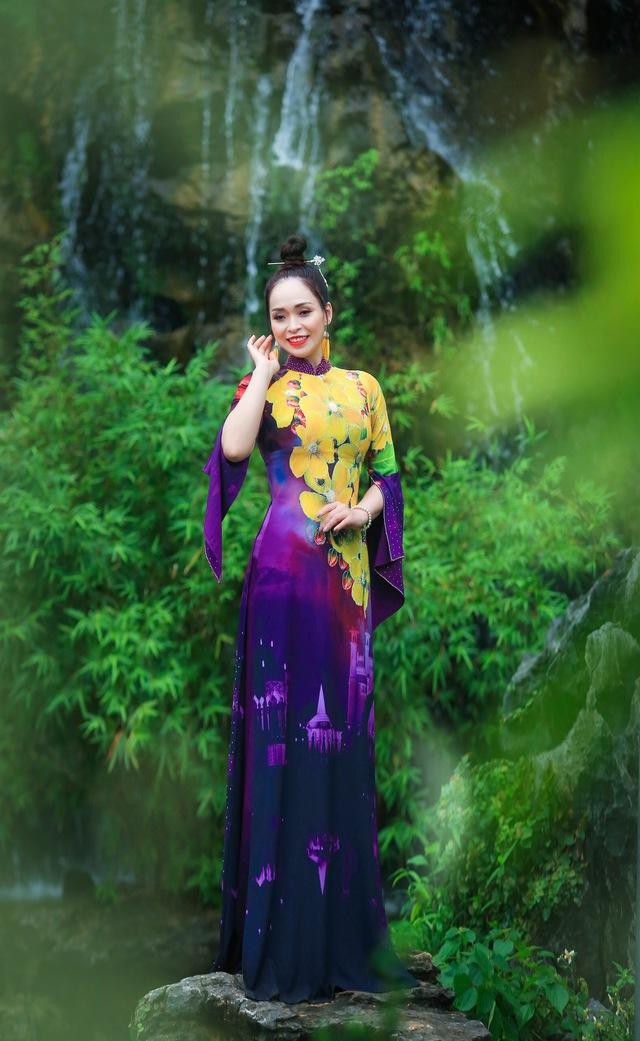 BST áo dài độc đáo về Quốc hoa ASEAN - Ảnh 6.