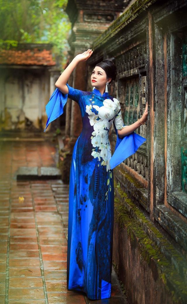 BST áo dài độc đáo về Quốc hoa ASEAN - Ảnh 4.