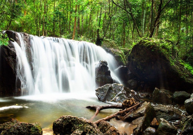 Hòn đảo duy nhất của Việt Nam lọt top nơi sống nghỉ hưu tốt nhất thế giới - Ảnh 4.