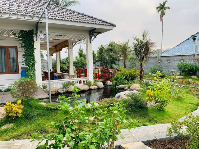 Khu vườn 720m2 đẹp như resort thu nhỏ người chồng tặng vợ ở Đồng Nai - Ảnh 1.
