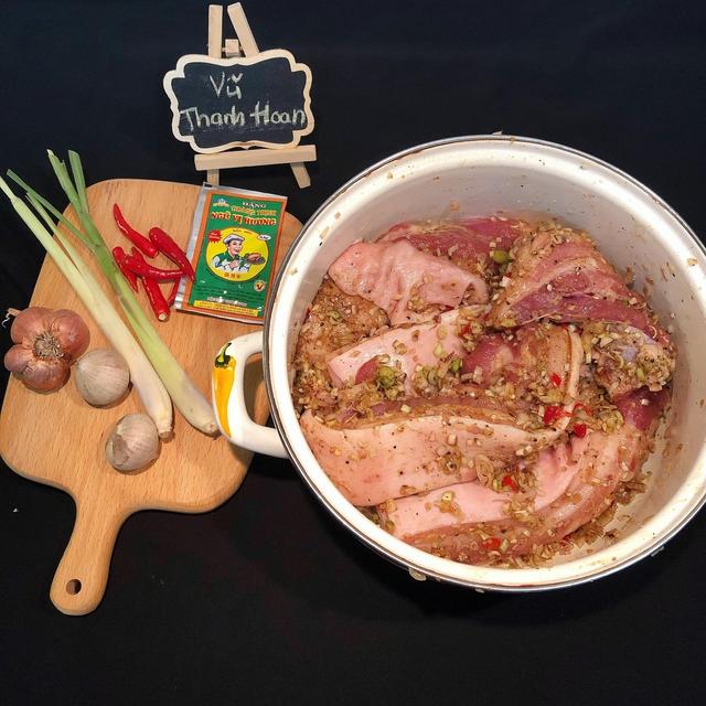 Nắng nóng đặc biệt gay gắt thì đem thịt ra phơi, làm 1 ngày có món ngon ăn cả năm không chán - Ảnh 3.