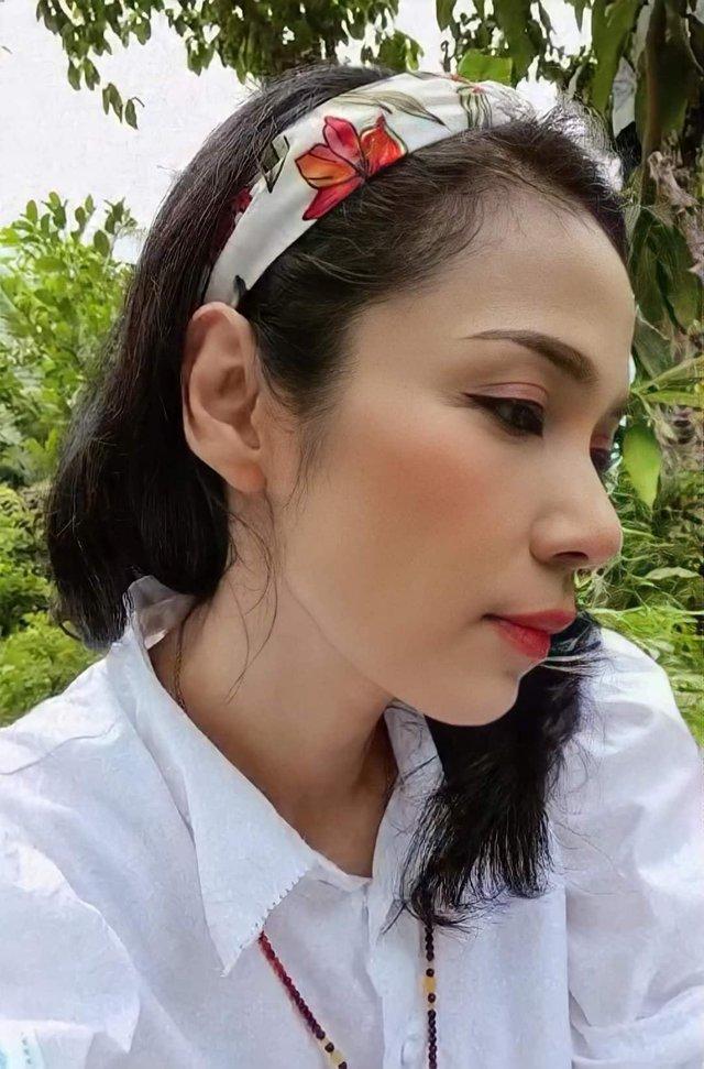 Đời thường trẻ trung tuổi 49 của diễn viên Việt Trinh - Ảnh 15.